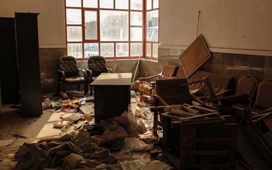 A ransacked office in Bartella CREDIT: SAM TARLING