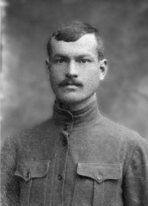 Прадед Кузьма Лобанов, воевал в Первую мировую войну, погиб в Великую Отечественную войну под Смоленском