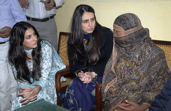 Asia Bibi (R) was sentenced to execution in 2010 after being accused by her former colleagues of blaspheming against the Prophet Mohammad. (PHOTO: REUTERS)