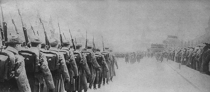 Парад 7 ноября 1941 г. на Красной площади