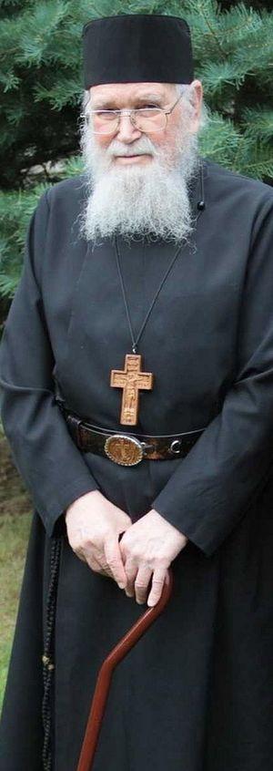 Fr. Roman Braga. Photo: http://www.christthesavioroca.org/frromanbraga.html