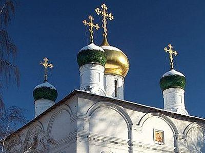 Божественная литургия в Сретенском монастыре в Неделю 21-ю по Пятидесятнице