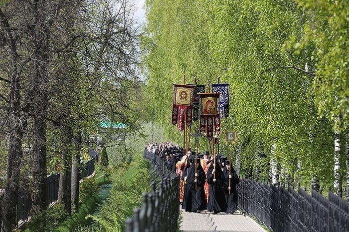 Крестный ход на Святой Канавке. Фото: Из архива монастыря