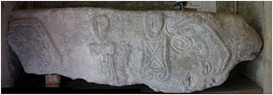 Камень прокаженного в Лланридиане, полуостров Гауэр
