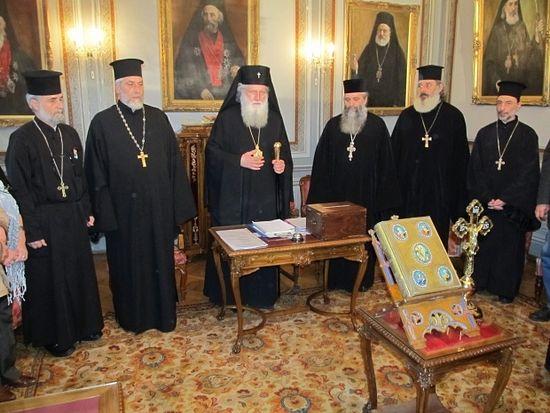 Photo: http://novinite.bg/articles/31045/Svetiyat-sinod-Neofit-e-noviyat-balgarski-patriarh-i-Sofijski-mitropolit