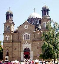 Бургас. Болгария. Кафедральный собор в честь свв. Кирилла и Мефодия.