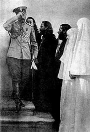 Николай II в Марфо-Мариинской обители