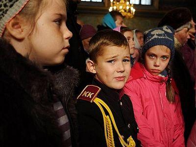 Как не лишить ребенка детства и в то же время привить любовь к богослужению?