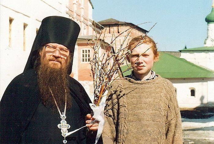 Будущий иеромонах со своим любимым духовником схиархимандритом Власием Перегонцевым. 1996 г.