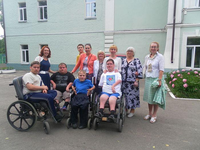 С воспитанниками Дмитровского детского дома