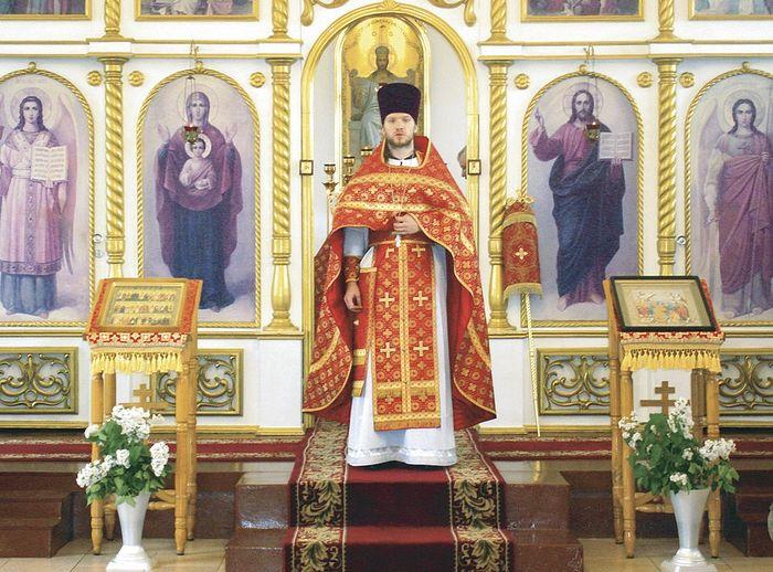 Иерей Николай Поваляев принадлежит к новому поколению наших священнослужителей