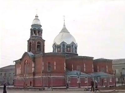 «Старинные храмы Славянска»: фильм-встреча с храмами города и его небесным покровителем (Видео)