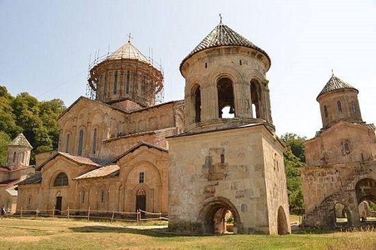Gelati Monastry in Kutaisi, Georgia. Photo by Roberto Cantoni.