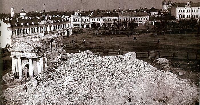 Разрушение Церкви Николая Чудотворца на Сенной площади. 1928 г. из фондов ГАВО