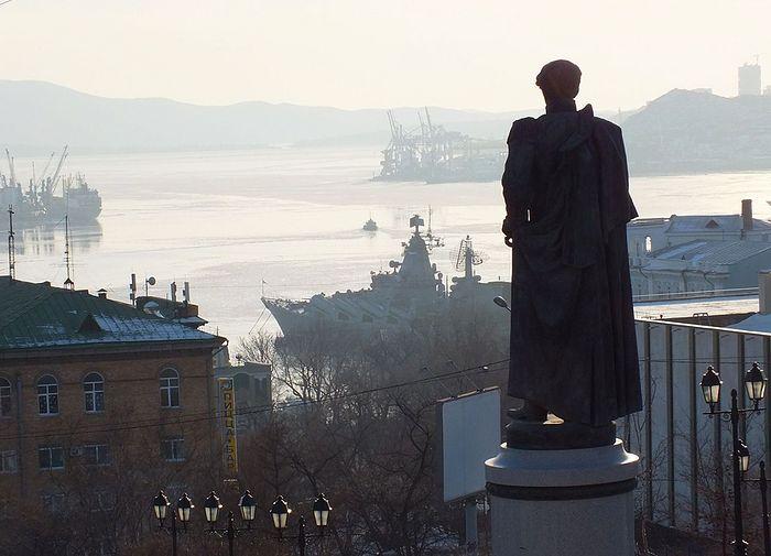 Памятник Н.Н. Муравьеву во Владивостоке. Фото: https://ru.wikipedia.org