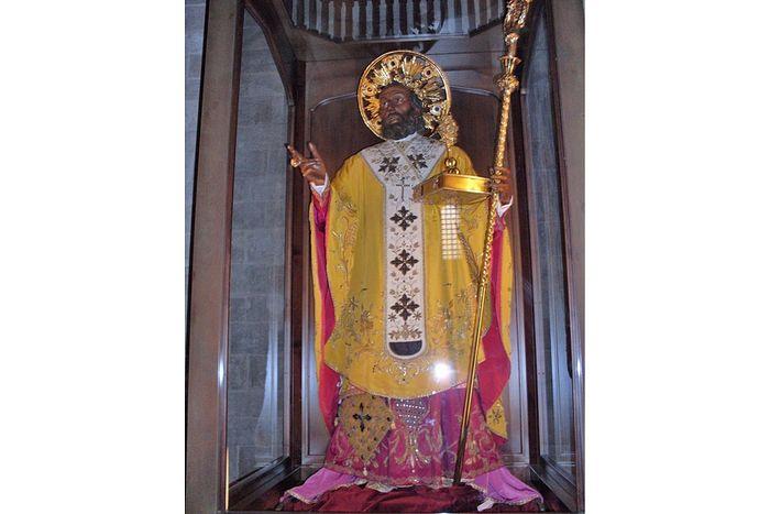 Скульптура Святителя Николая