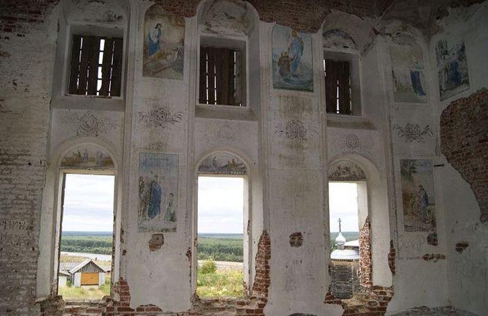 Фрагменты росписи верхнего храма