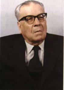 Крупнейший исследователь догматических текстов — проф. Иоанн Кармирис (1903-1995)