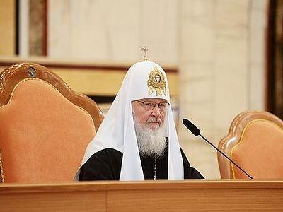 Патриарх Кирилл: 100-летие революции — повод для молитвы и размышлений