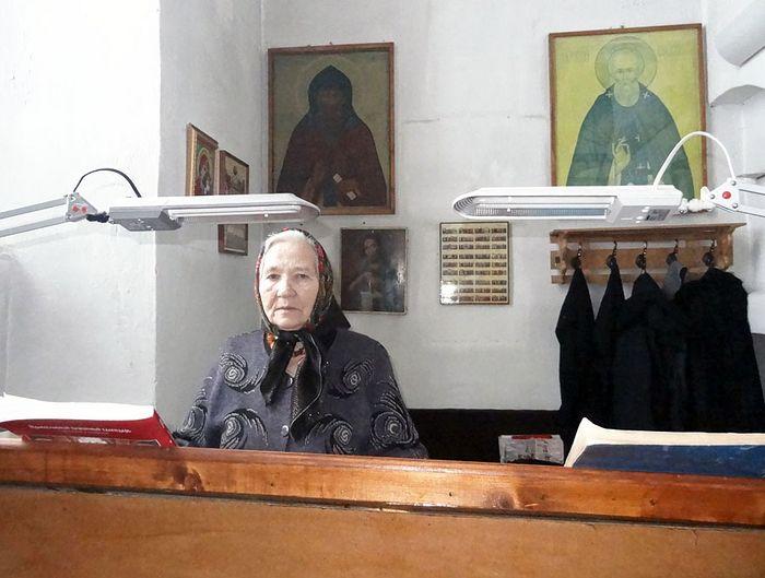 Анна Ивановна на клиросе в любимом храме