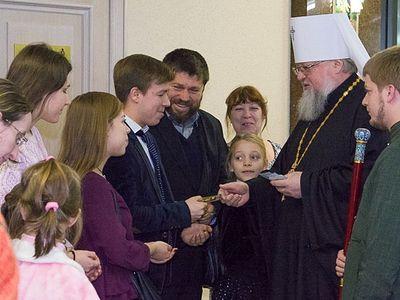 В Донецке прошла Митрополичья ёлка