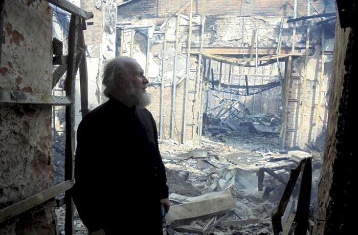 Разрушенный храм праведного Иоанна Кронштадтского