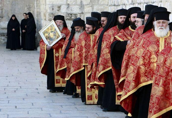 Photo: https://ru.pinterest.com/datricel/eastern-orthodox-faith/