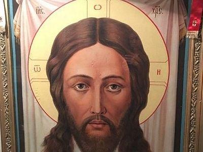Накануне праздника Крещения в городе Каратау (Казахстан) замироточила икона Спасителя