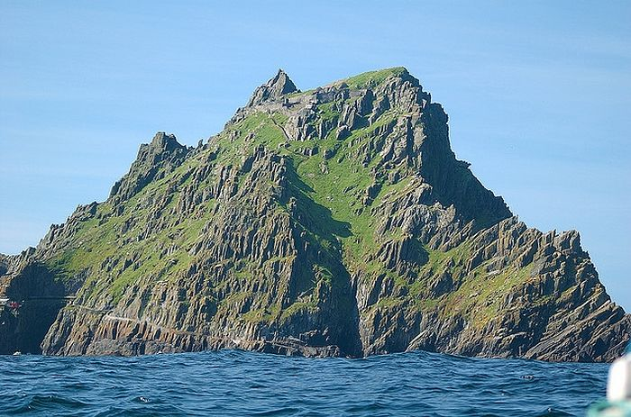 Остров Скеллиг-Майкл (источник - Kuriositas.com)