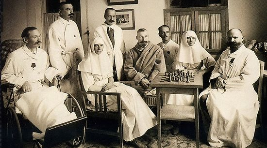 Members of the Romanov family serving in a hospital during World War I. Photo: Wikipedia