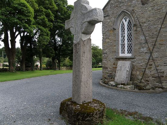 One of Celtic high crosses in Ferns (source - Mapio.net)