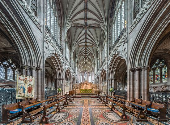 Lichfield Cathedral's interior (photo from Wikiwand.com)