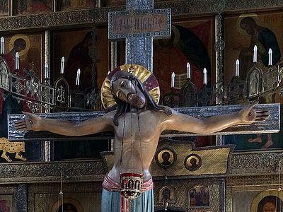 Почитая Крест, мы празднуем воскресение наших душ