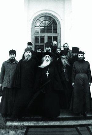 С о. Кириллом (Павловым)