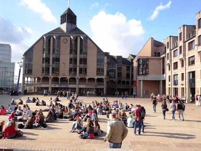 Лувенский католический университет (UCL)