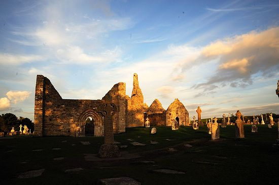 The monastery of Clonmacnoise. Photo: Wikipedia
