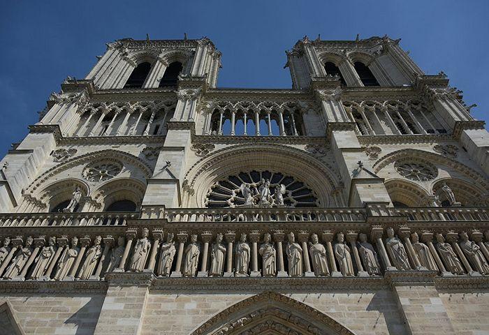 Западный фасад собора Парижской Богоматери. Фото: РИА Новости/Наталья Селиверстова
