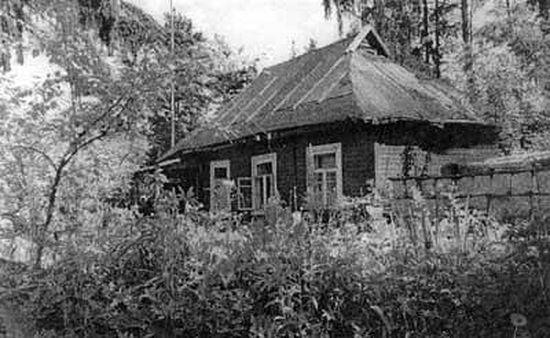 Дом в Вырице, где жил Серафим Вырицкий (Ольгопольская ул.,16)
