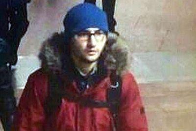 Akbarzhon Dzhalilov caught on metro security cameras. Photo: Lenta.ru