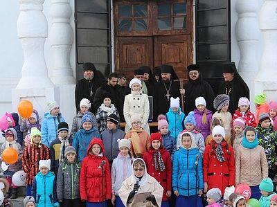 В Вознесенском монастыре г. Сызрани встретили праздник Благовещения и провели акцию против абортов
