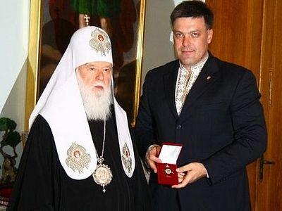 Тягнибок намерен добиться переименования канонической Церкви на Украине, как чужеземной Церкви