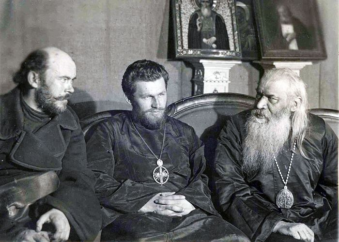 В.Д. Красницкий, Петр (Блинов) и епископ Антонин (Грановский)