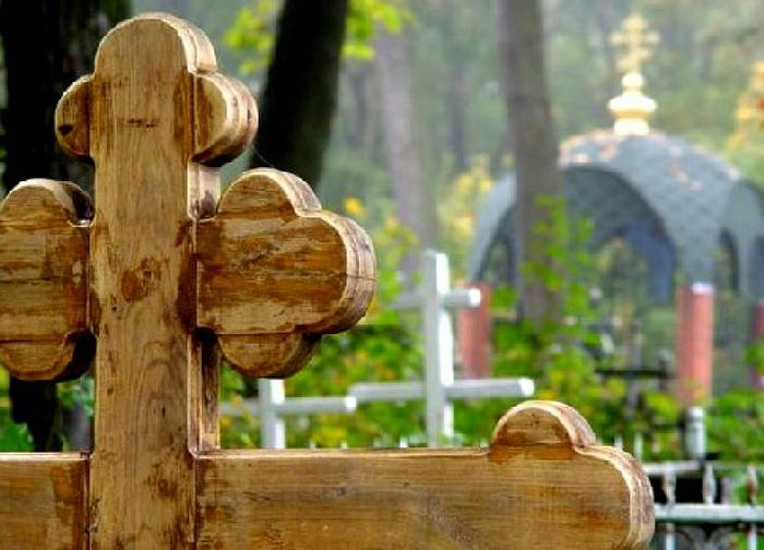 Картинки по запросу кладбище на радоницу