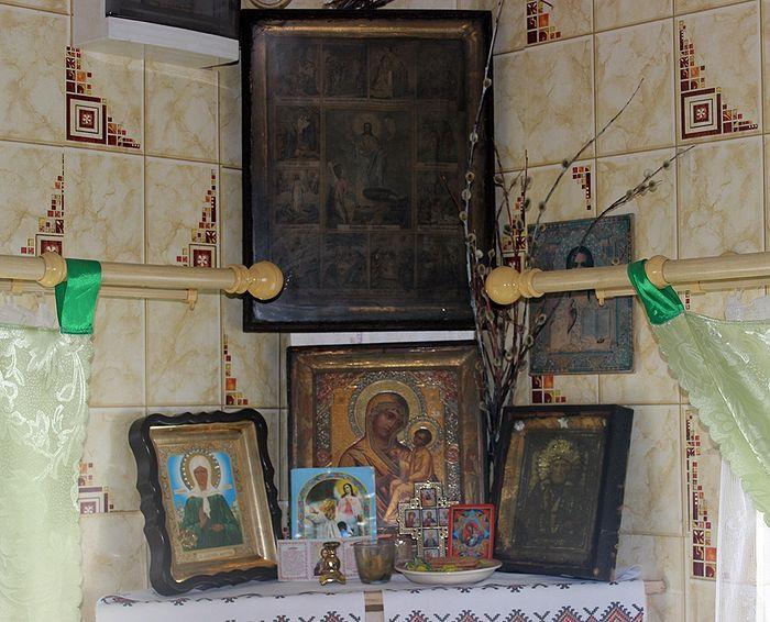 Иконы в доме правнука отца Иоанна сохранились еще от матушки Афанасии