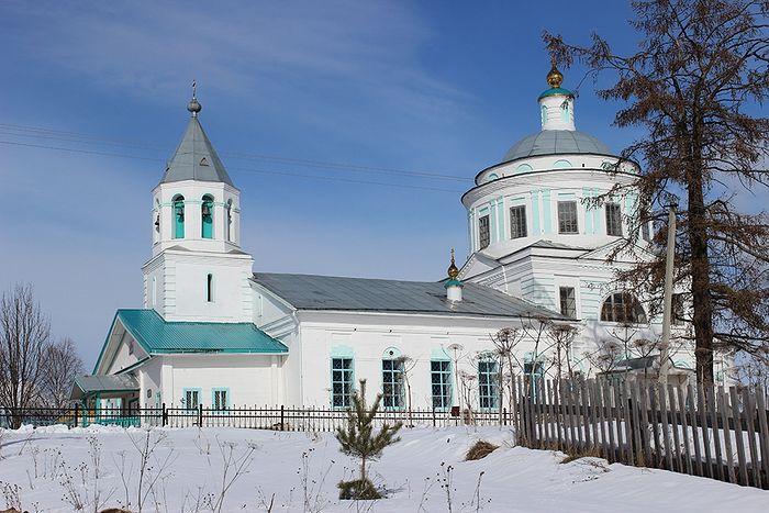 Свято-Вознесенский храм села Ыб, в котором служили священники Головковы