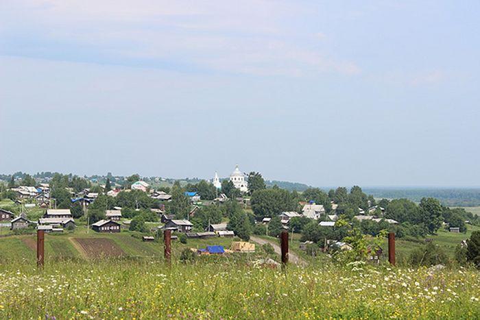 Село Ыб летом особенно красиво