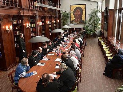 В московском Сретенском монастыре прошла встреча епархиальных древлехранителей