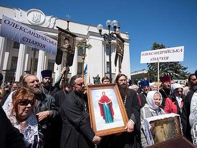 Верховная Рада не рассмотрела антицерковные законопроекты