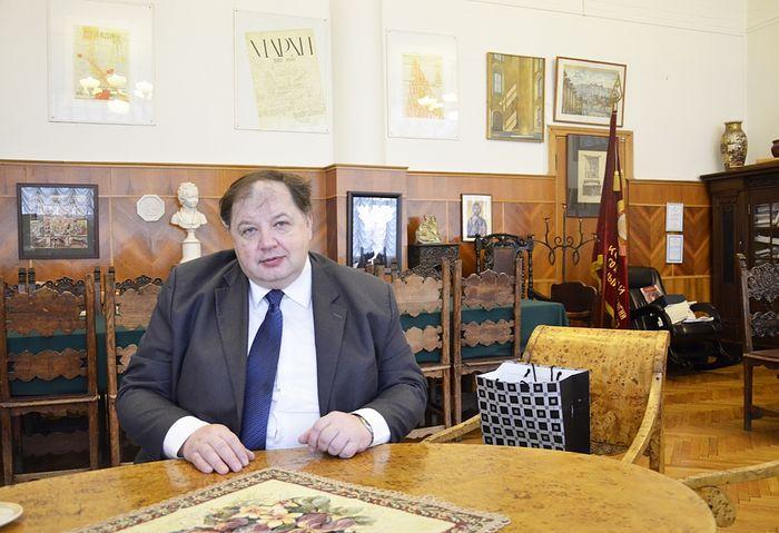 Дмитрий Олегович Швидковский