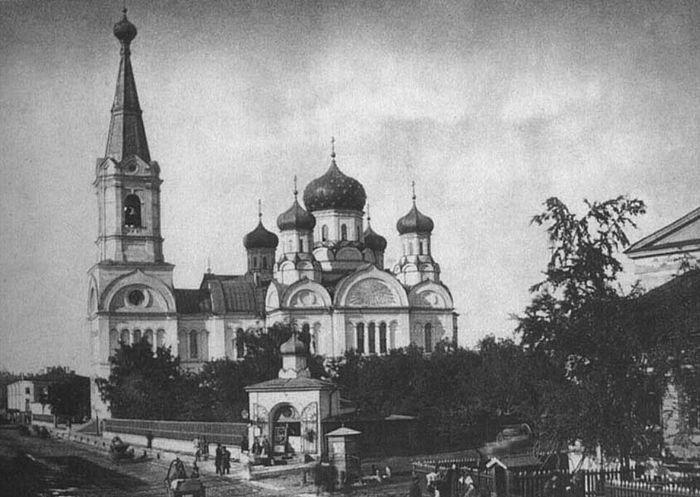 Храм св. Екатерины в Екатерингофе у Калинкина моста (утрачен).